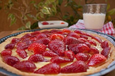 crostata di fragole con crema allo zenzero