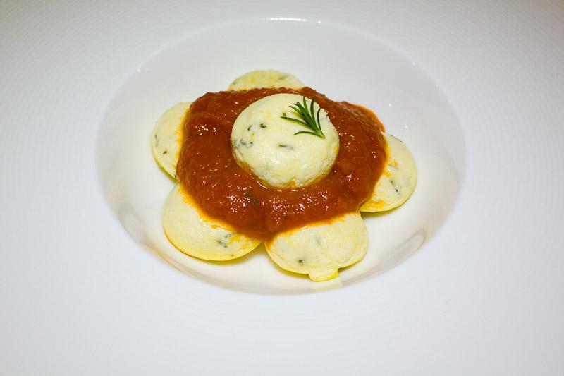 raviolo al sugo vegetariano-11